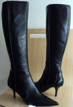 Kitten Heel Leather Boots - Qu Heel