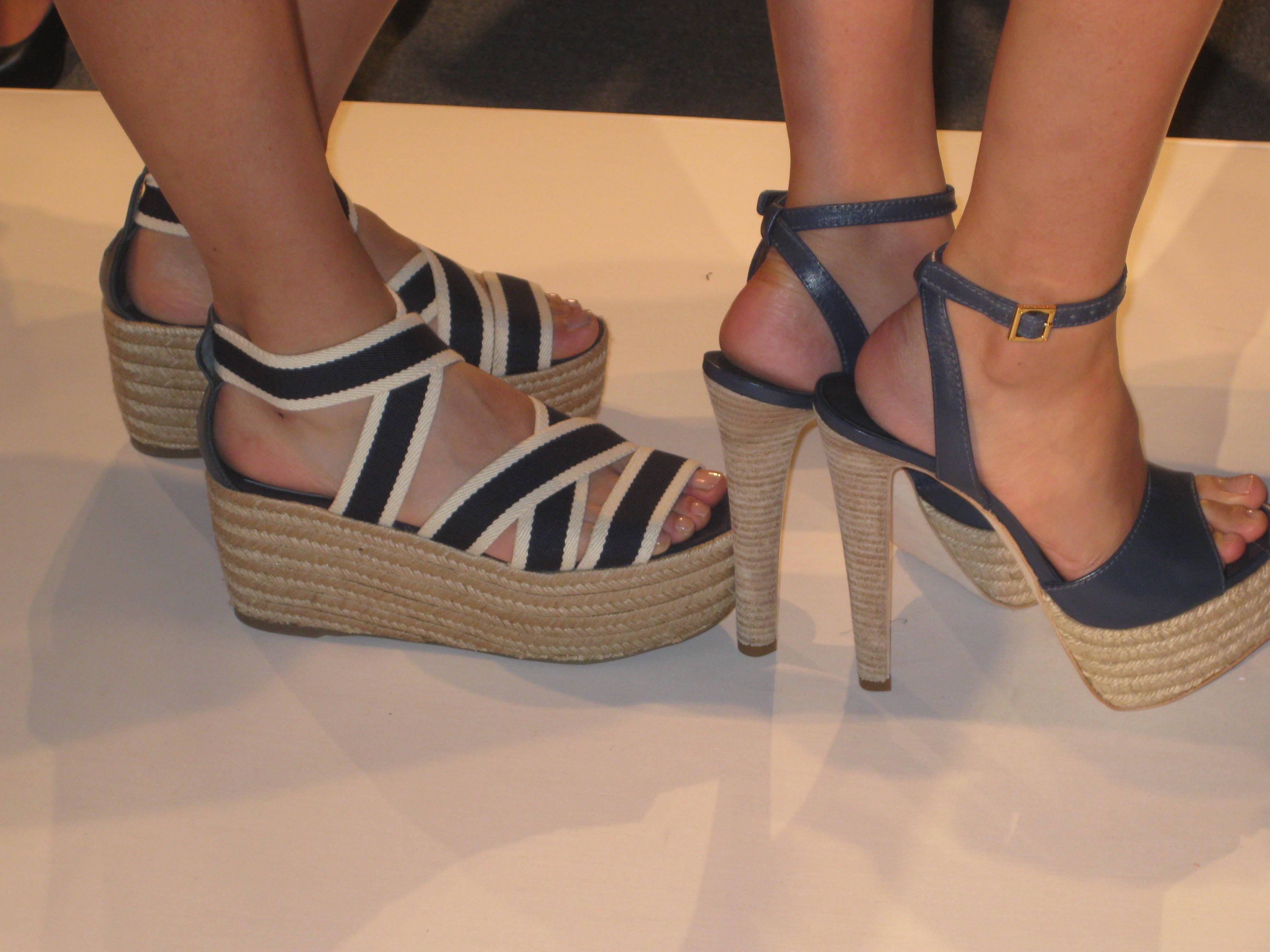 c6dd1592720a ... The Shoe Expert. Flatforms vs Platforms