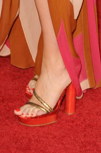 Red Carpet Shoes At The Golden Globes The Shoe Expert S Blog